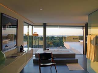 Salle de bain minimaliste par guedes cruz arquitectos Minimaliste
