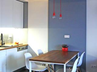 Studio Modelowania Przestrzeni Cocinas de estilo moderno Gris