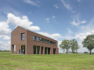 Country style house by BenW architecten Country
