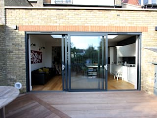 Ashurst Road Minimalist windows & doors by IQ Glass UK Minimalist