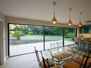 Rosegarth Modern dining room by IQ Glass UK Modern