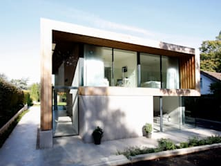 Edge Hill Modern windows & doors by IQ Glass UK Modern