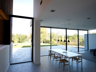 Edge Hill IQ Glass UK Modern windows & doors
