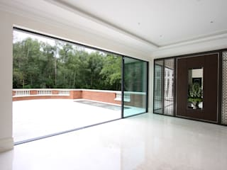 Foxwood Modern windows & doors by IQ Glass UK Modern