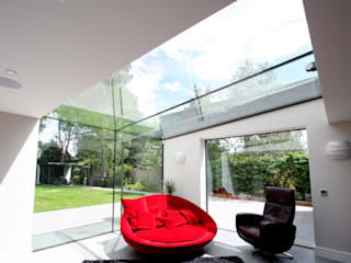 Kewferry Drive Modern windows & doors by IQ Glass UK Modern