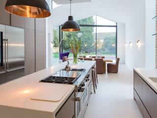 Kew Road Modern windows & doors by IQ Glass UK Modern