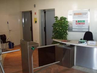 Remodelação de escritórios DECOPROTESTE por Critério Arquitectos by Canteiro de Sousa