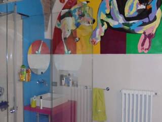 Bagno: Bagno in stile in stile Eclettico di a10studioarchitettura