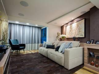 Estúdio HL - Arquitetura e Interiores Modern media room