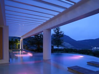Casa Temazate: Albercas de estilo moderno por Pórtico