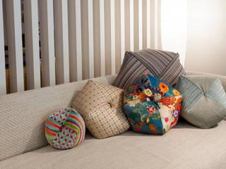 株式会社高岡 Living roomAccessories & decoration Textile Beige