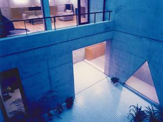 Moderner Balkon, Veranda & Terrasse von 株式会社 小林恒建築研究所 Modern