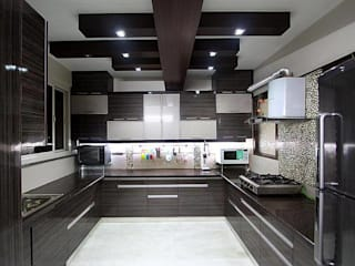 Modular Kitchen:   by S.R. Buildtech – The Gharexperts