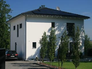 Stadtvilla:   von Klaus Schmidt, Handelsvertretung Wolf System GmbH, LED Profilelement GmbH und weitere