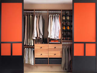 Wooden Wardrobes: asian  by S.R. Buildtech – The Gharexperts,Asian
