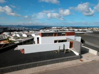 Vivienda Unifamiliar en Lanzarote Casas de estilo moderno de ADAC Arquitectura Moderno