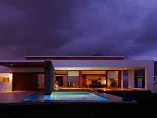 Vivienda Unifamiliar en Lanzarote: Casas de estilo  de ADAC Arquitectura