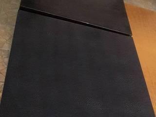 Tavolino nero 50x50:  in stile  di Impresa Edile Santarsia