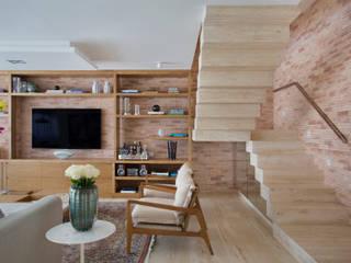 Cobertura Ipanema Corredores, halls e escadas modernos por Paula Libanio Arquitetura Interiores Moderno