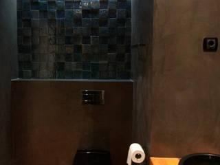 Apartamento Alvalade: Casas de banho  por DRCF Arquitectos,Moderno
