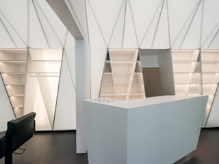 by TEK TO NIK Architekten & Generalplaner GmbH Modern