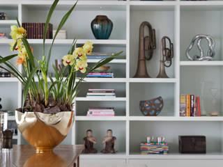 Living Leblon Salas de estar modernas por Paula Libanio Arquitetura Interiores Moderno