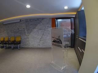 Media room by Construcciones, Remodelaciones y Proyectos Kobol, C.A, Modern