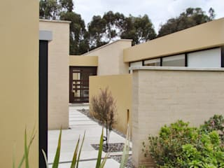 Casa H Jardines de estilo minimalista de David Macias Arquitectura & Urbanismo Minimalista