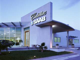 Cadillac Saltillo, Coahuila. Mx.: Casas de estilo clásico por Pórtico