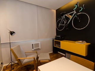 Modern Media Room by LMartins Fotografia Modern