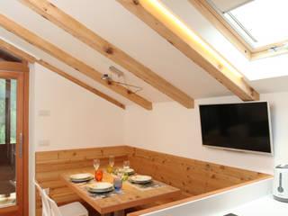 Comedores de estilo moderno de zanella architettura Moderno