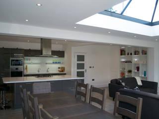 Dapur oleh The Market Design & Build, Modern
