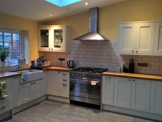 Dapur oleh The Market Design & Build, Rustic