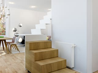Lesbroussart Couloir, entrée, escaliers scandinaves par ZR-architects Scandinave