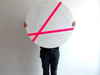 minimalist  by Studio Isabel Quiroga, Minimalist