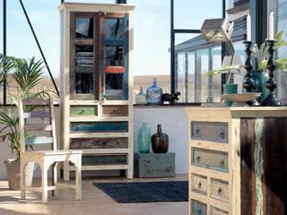Tendance exotique avec le mobilier en teck massif Cancun:  de style  par Planete Cocoon