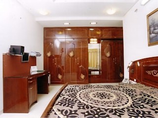 Modern style bedroom by NAMAN INTERIORS - Turnkey Interior Contractors Modern