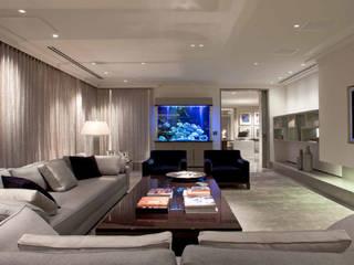 Park Lane Penthouse: modern Living room by Debbie Flevotomou Architects Ltd.