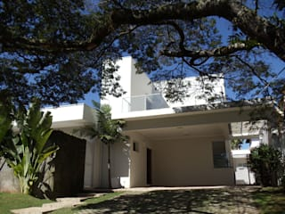 Modern houses by Terence Arquitetura Modern