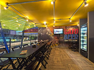 CRAFT ARQUITETURA Moderne Bars & Clubs