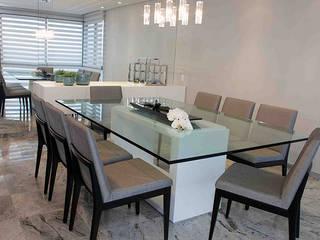 APARTAMENTO : Salas de jantar  por CRAFT ARQUITETURA
