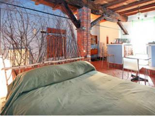 Homestaging appartamenti Camera da letto moderna di Olivinta Moderno