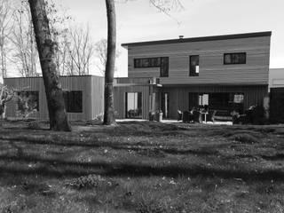 Сад в стиле модерн от Amélie Jodeau Architecte Модерн