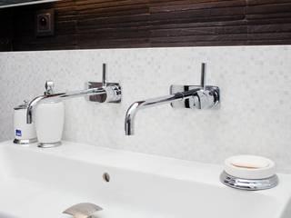 Bathroom by Viva Design - projektowanie wnętrz, Modern
