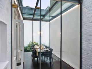 Ennismore Gardens, Knightsbridge Modern conservatory by ÜberRaum Architects Modern
