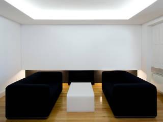Casa Príncipe Real Salas de estar minimalistas por BICA Arquitectos Minimalista