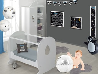 Chambre bébé sur le thème de l'espace:  de style  par BABY'SPHERE