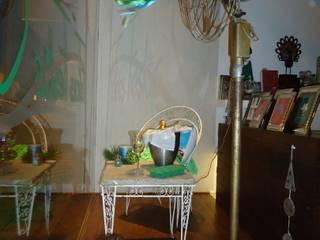 VIDRIERA: FIESTAS NAVIDEÑAS VERANIEGAS:  de estilo  por CONCEPTOCASA -tienda de diseño-,Clásico