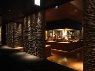 Hoteles de estilo moderno de 株式会社井上輝美建築事務所+都市開発研究所 aim.design studio Moderno
