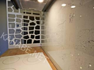 Apartament pokazowy dla dewelopera: styl , w kategorii Kuchnia zaprojektowany przez KANABE,